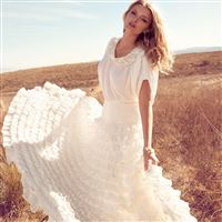 Lily Donaldson In White Dress iPad Air wallpaper