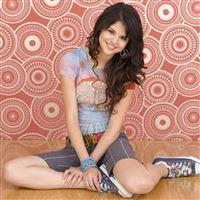 Selena Gomez iPad Air wallpaper