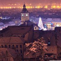 Brasov By Night iPad Air wallpaper