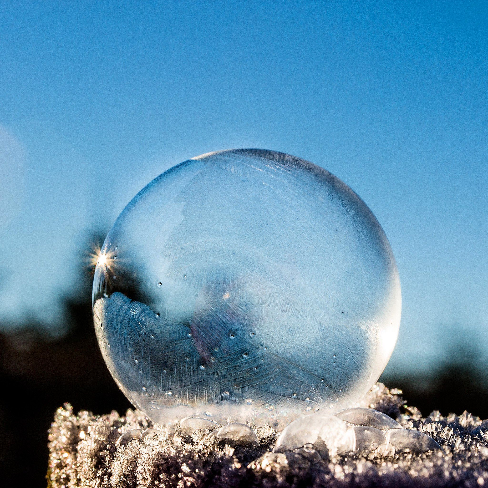 Pure Ice Bubble Sky iPad Air wallpaper