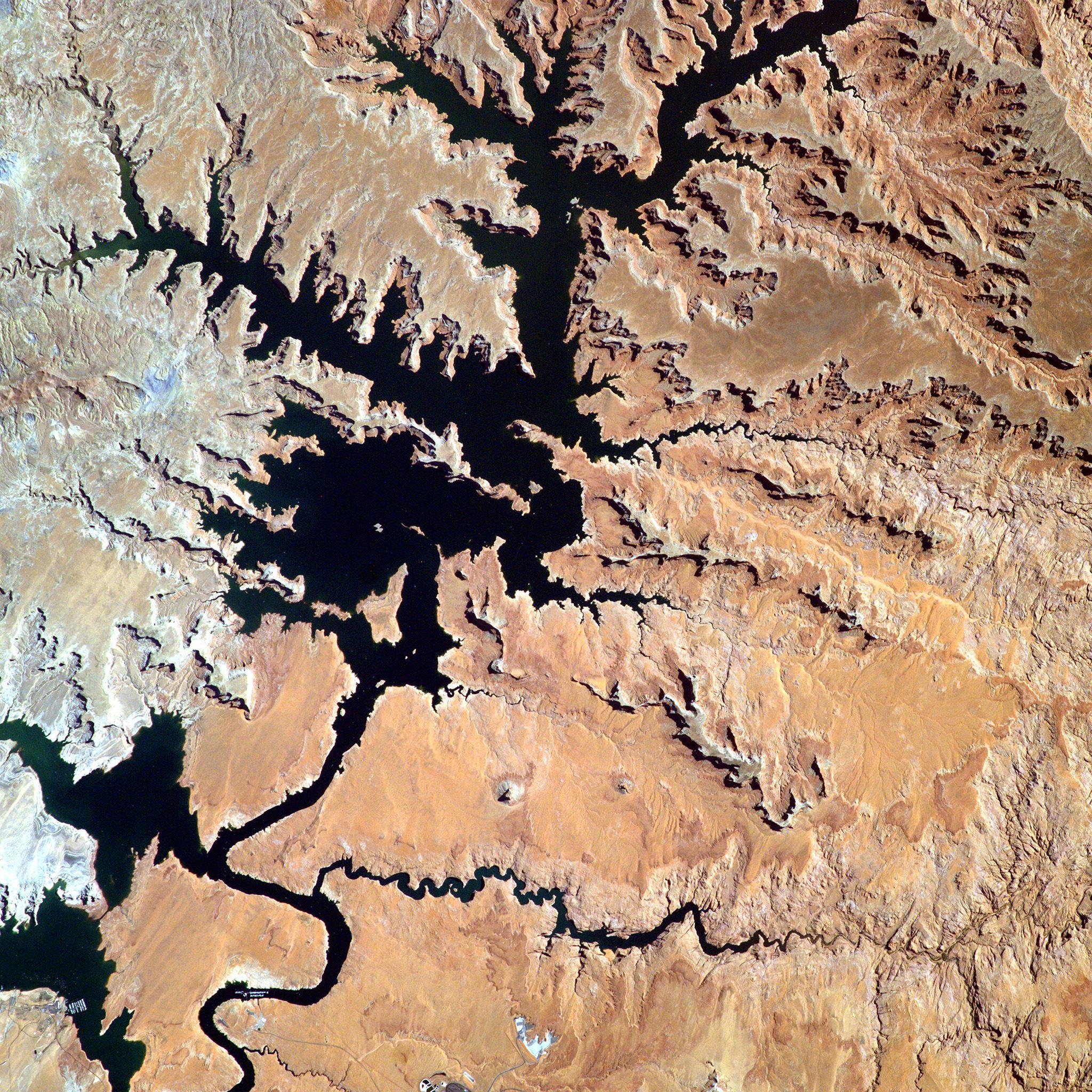 Land Earthview Rock River iPad Air wallpaper