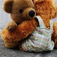 Cute Teddy Bear Having Hug Lovely iPad wallpaper