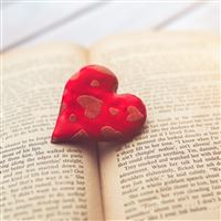 Heart Love Book Read Hana Red Flare iPad wallpaper
