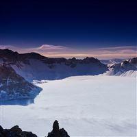 China Changbai Winter Mountains Sky iPad Air wallpaper