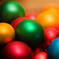 Colored balls iPad Air wallpaper