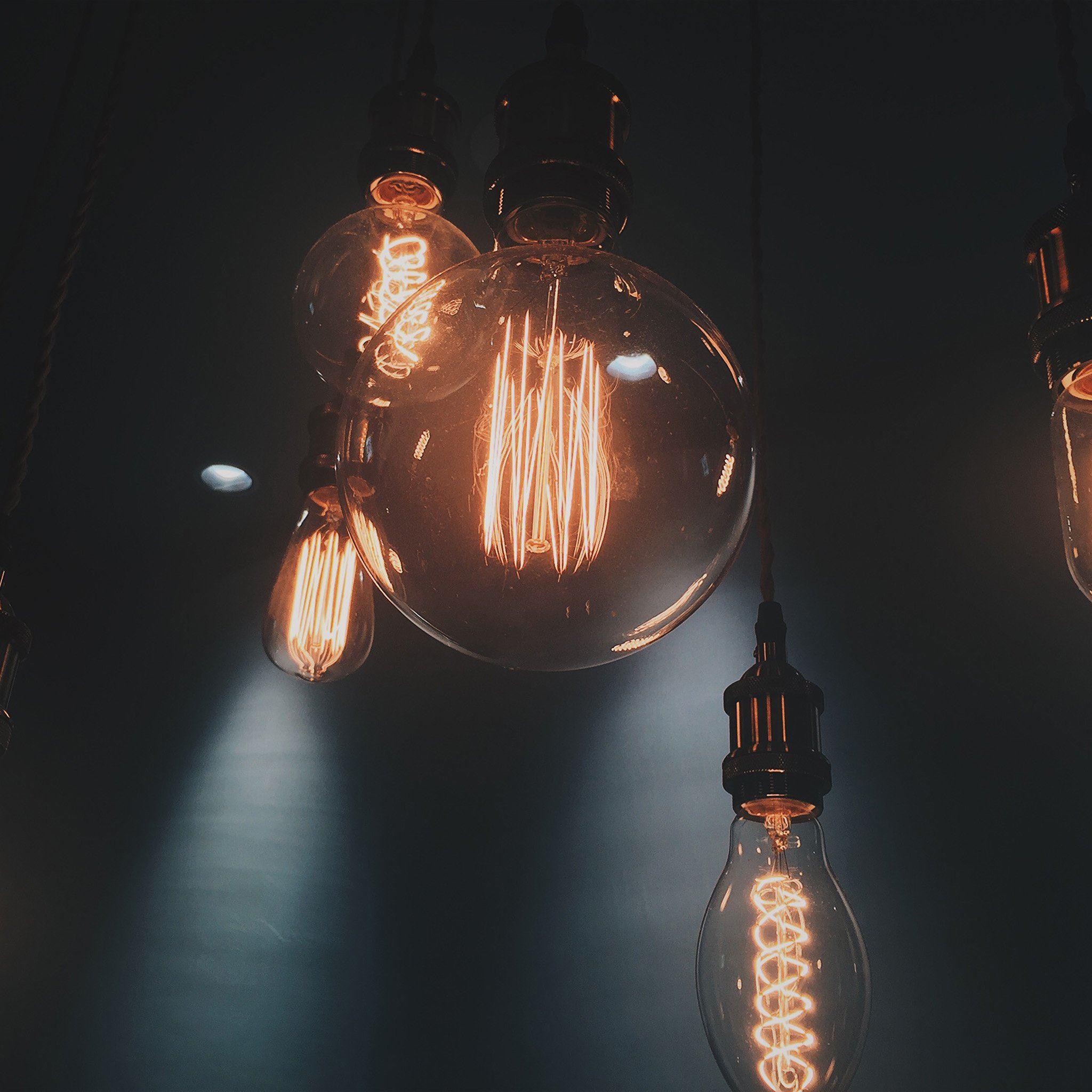 Light bulb night interior iPad Air wallpaper