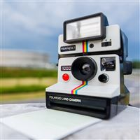 Polaroid Camera Retro Style iPad wallpaper