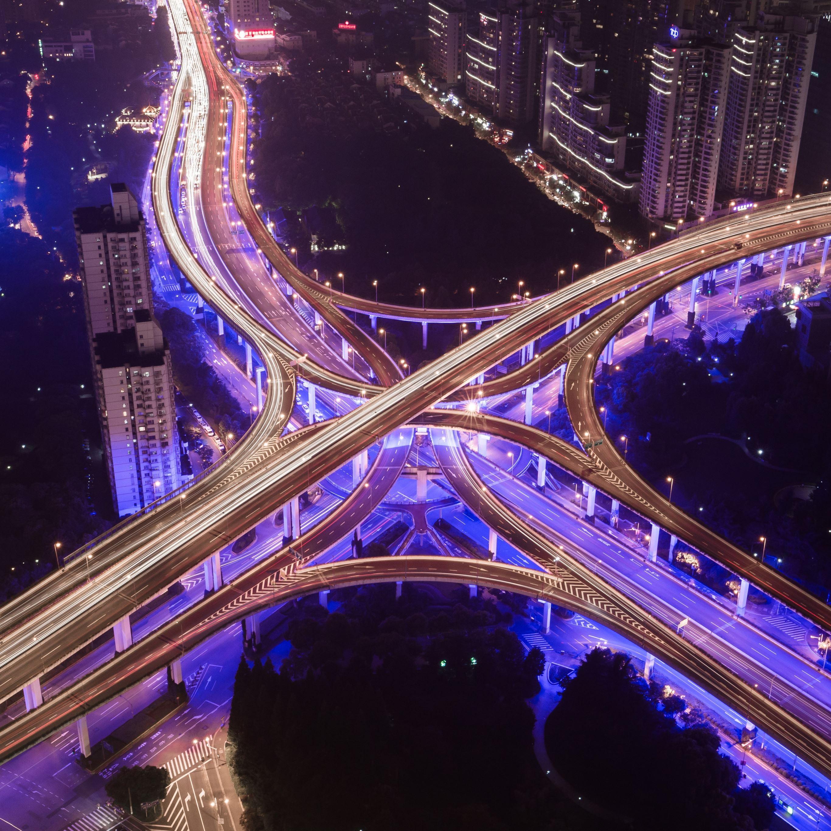 Road night city light iPad Pro wallpaper