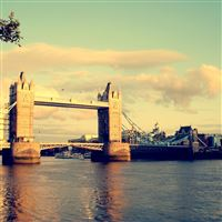 London bridge iPad wallpaper