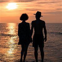 Love romance relationships iPad Pro wallpaper
