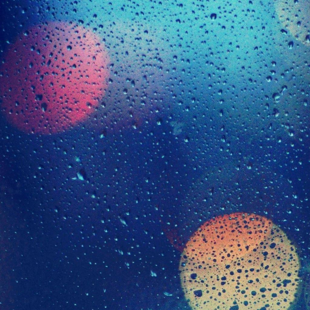 Wet Glass 2 iPad wallpaper