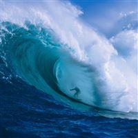 Hawaii Surfer iPad wallpaper