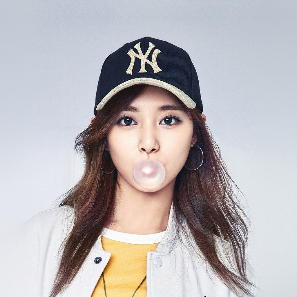 Kpop Girl Tzuyu Bubble Asian iPad wallpaper