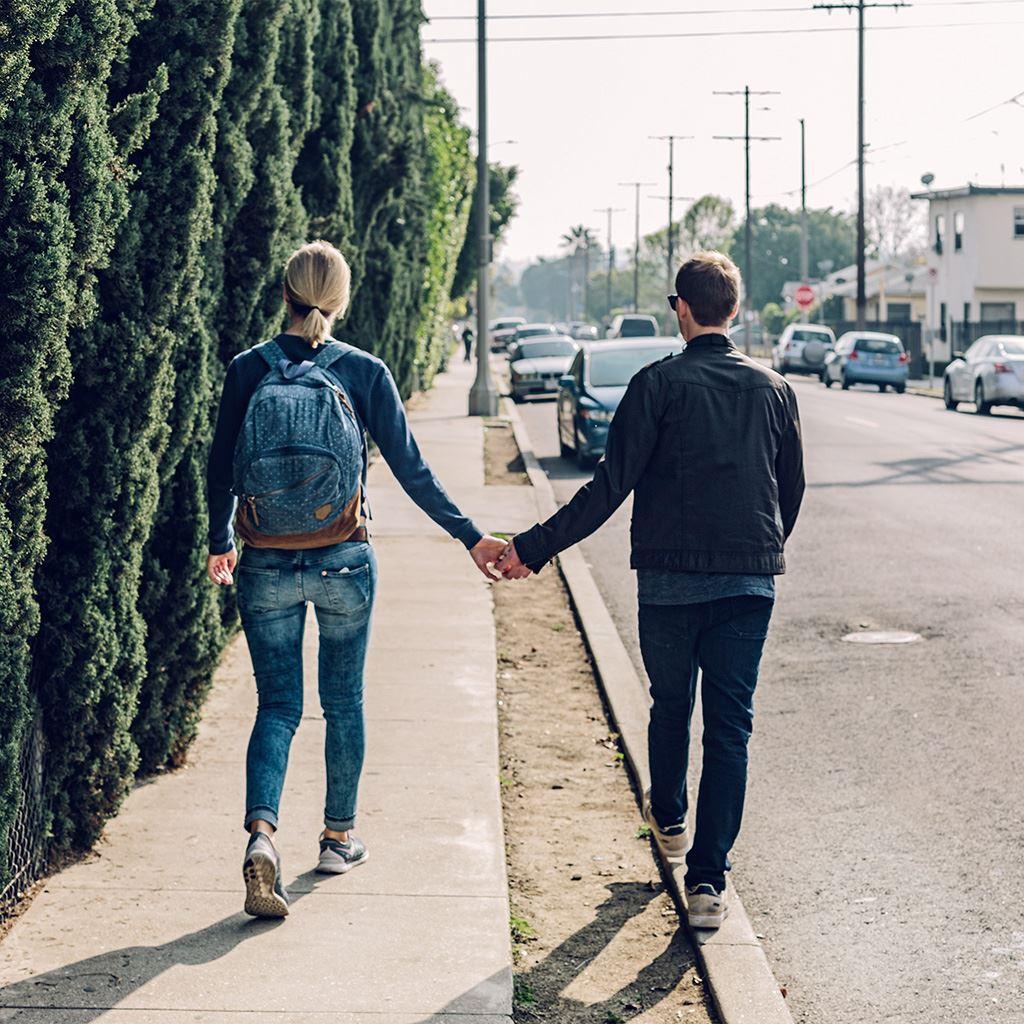Love Couple Street Hand Life iPad wallpaper