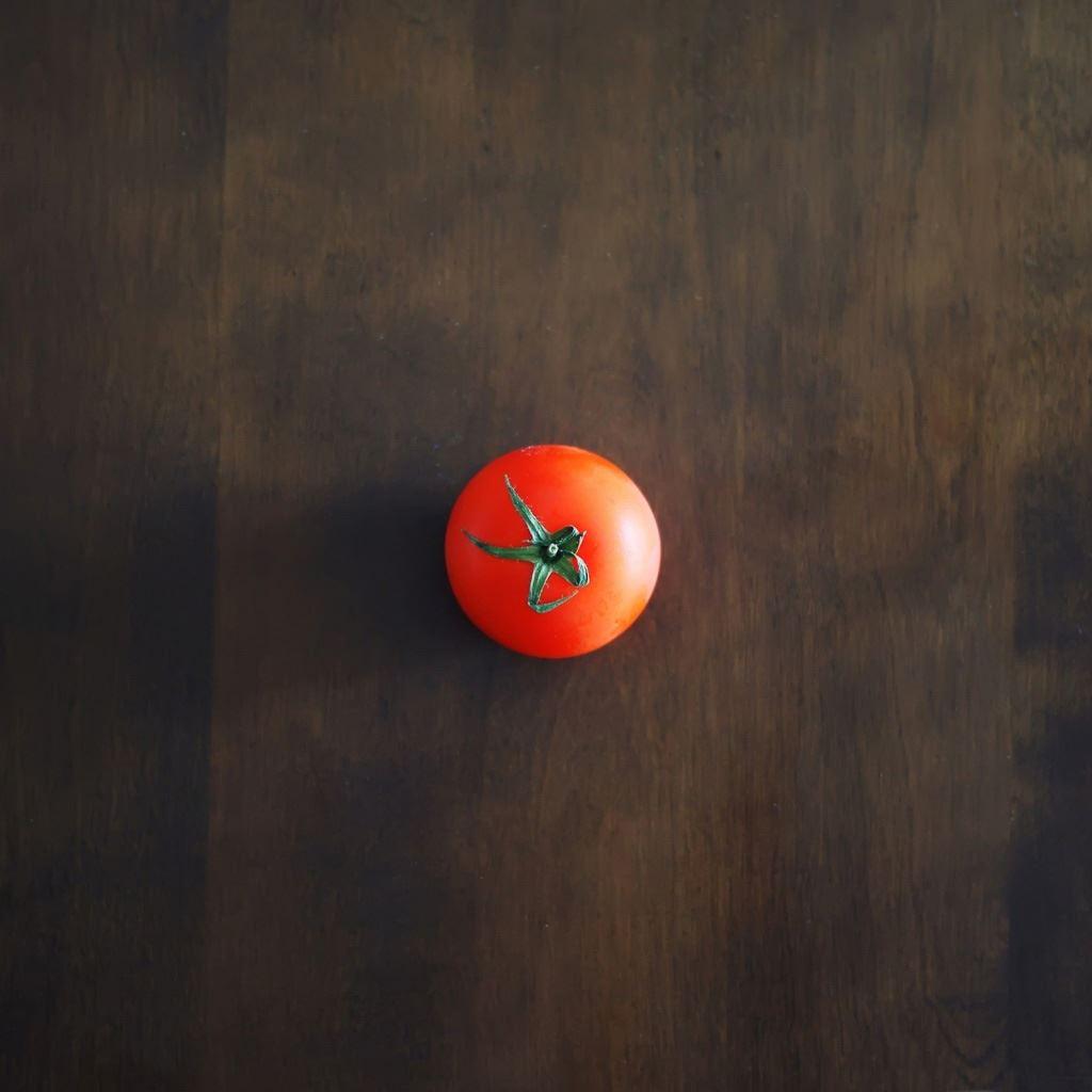 Tomato iPad wallpaper