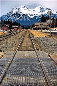 Train tracks iPhone 4s wallpaper