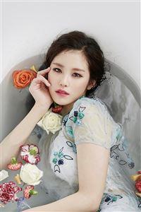 Kpop Artist Jeon Hyosung Secret Beauty Bath iPhone 4s wallpaper
