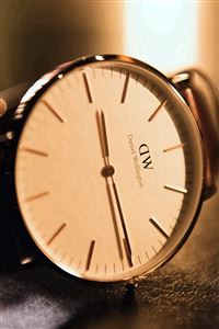 Watch Clock Wellington iPhone 4s wallpaper