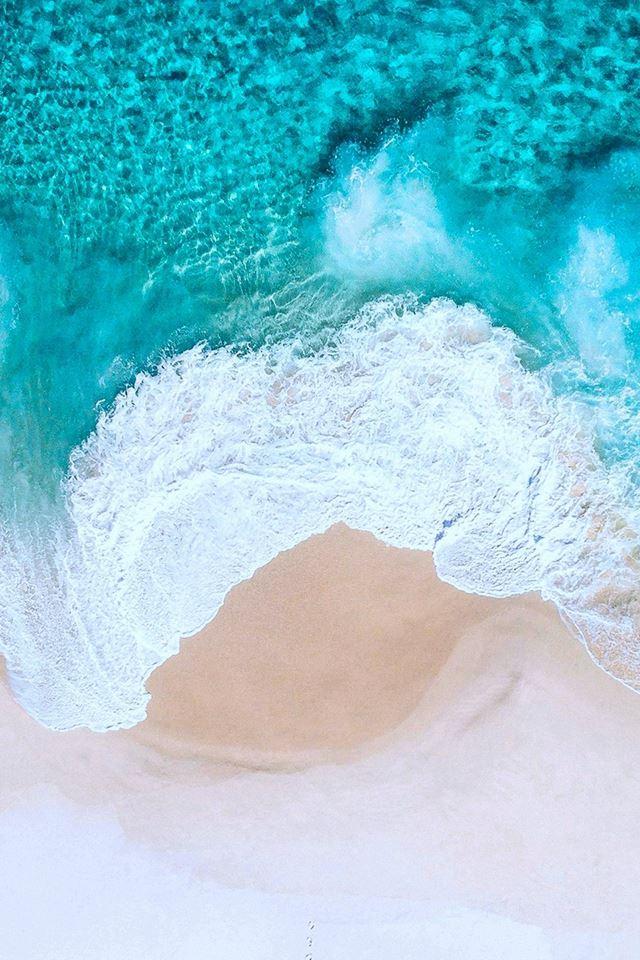 Nature Pure Crystal Ocean Wave Splash Beach iPhone 4s wallpaper