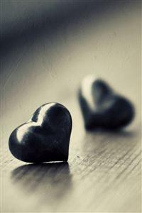 Love Hurts a Lot iPhone 4s wallpaper