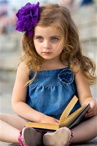 Cute Little Girl iPhone 4s wallpaper
