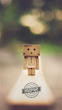 Lonely Danboard iPhone 8 wallpaper