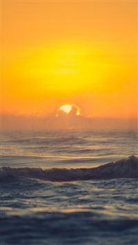 Sunset Sea Spray iPhone 8 wallpaper