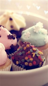 Yummy Cute Dessert iPhone 8 wallpaper