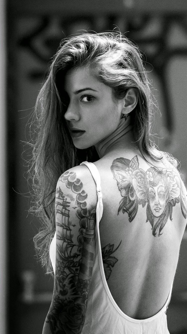 Beautiful Girl Tattooed Back IPhone 8 Wallpaper