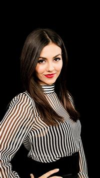 Victoria Justice Actress Celebrity Dark iPhone 8 wallpaper