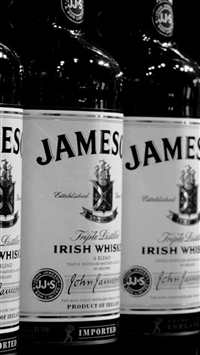 Whiskey Jameson Black White Bottle iPhone 8 wallpaper
