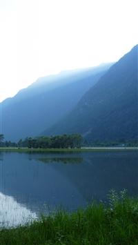 Altai Mountain Lake Tourists Vacation Leisure Tourism iPhone 8 wallpaper