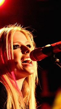Avril Avigne Sing Concert iPhone 8 wallpaper