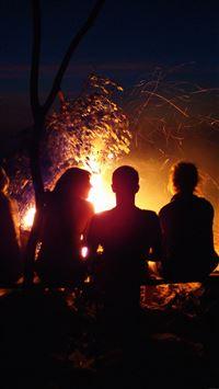 Beach Bonfire Night Camp iPhone 8 wallpaper
