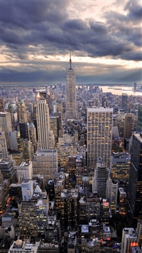 City iPhone 8 wallpaper
