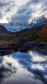 Lake mountains reflection iPhone wallpaper