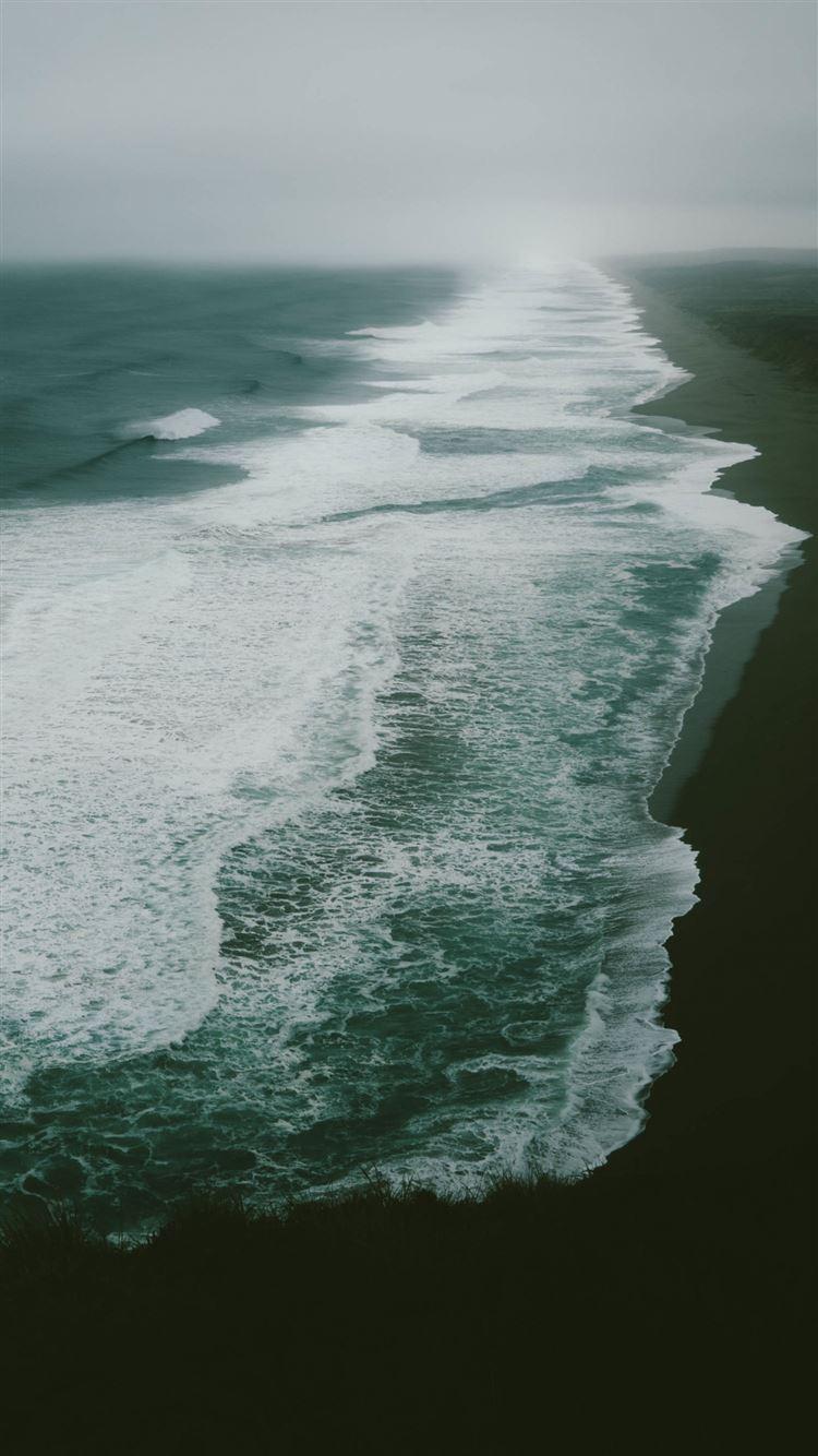 Ocean sea beach surf iPhone 8 wallpaper
