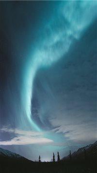 Aurora-over-Alaska iPhone 8 wallpaper