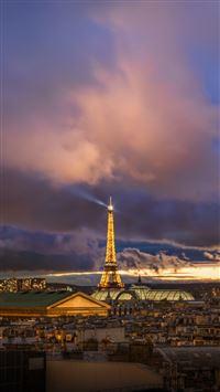 Paris After The Storm iPhone se wallpaper