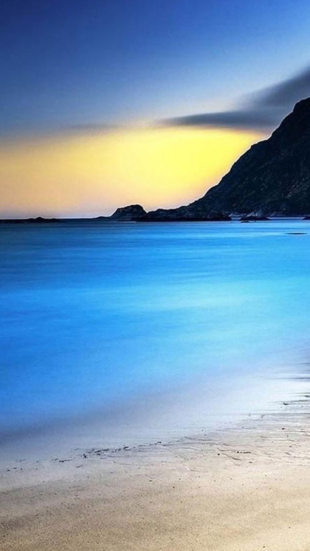 Nature Mountain Calm Sea Beach Landscape iPhone se wallpaper