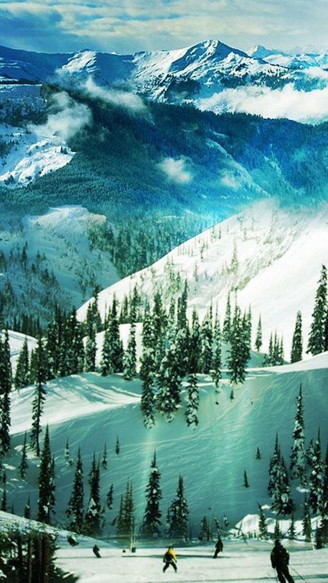 Ski Slope Paradise Winter Landscape IPhone Se Wallpaper