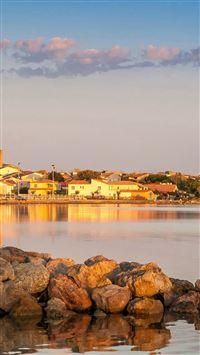 Coastal Town At Sunrise iPhone se wallpaper