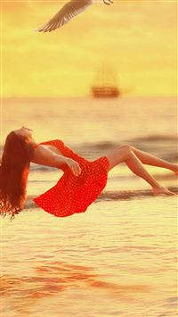 Fly Over The Sea Dress Girl iPhone se wallpaper