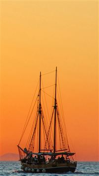 Sea Sailboat Horizon iPhone se wallpaper