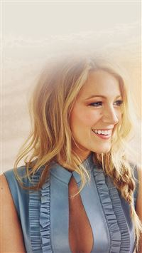 Blake Lively Girl Woman Film Actress iPhone se wallpaper