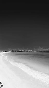 Infrared Beach Seaside Black And White iPhone se wallpaper
