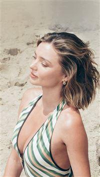 Girl Miranda Kerr Beach Summer iPhone se wallpaper