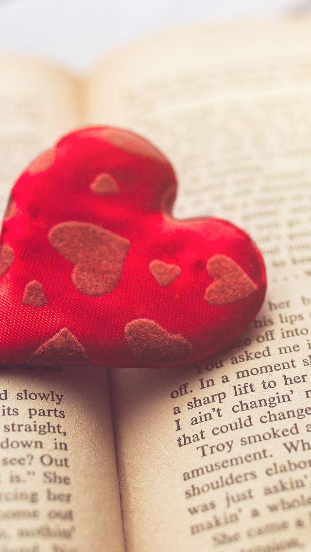 Heart love book iPhone se wallpaper