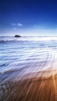 Beach Waves iPhone se wallpaper