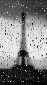 Rainy Paris iPhone se wallpaper